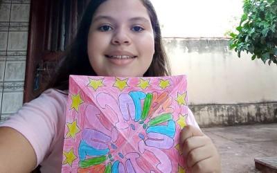 """Alunos da Escola do Sesi de Três Lagoas constroem """"caleidoscópio com nomes"""""""