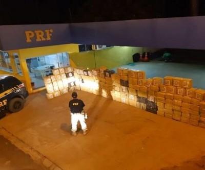 Em Água Clara, traficante é preso com mais de 3 toneladas de maconha em fardos de ração