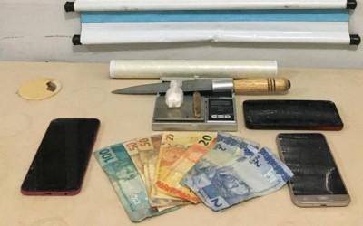 Dono de conveniência é detido sob suspeita de tráfico de drogas