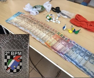 Após campana, PM fecha suposto ponto de venda de drogas no bairro Vila Alegre