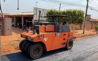 Obras do bairro Jardim Glória entram na fase de pavimentação