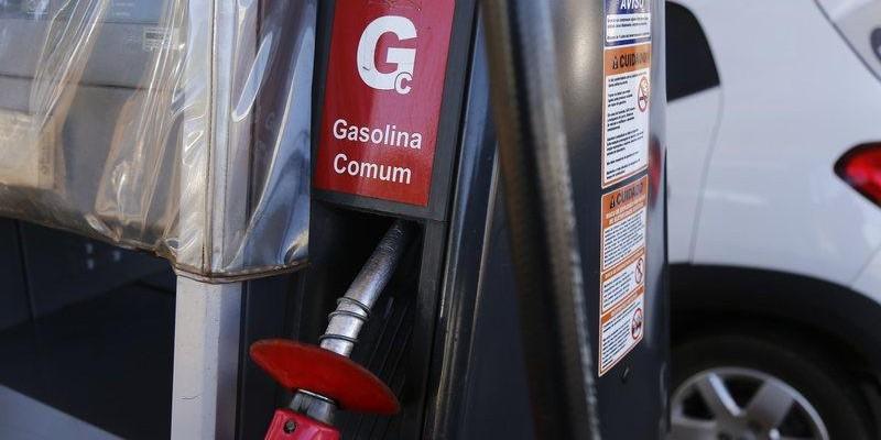 Preço da Gasolina e do diesel aumentam hoje nas refinarias da Petrobras