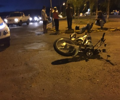 Acidente na Rosário Congro mobiliza equipe do SAMU no Jardim Primaveril