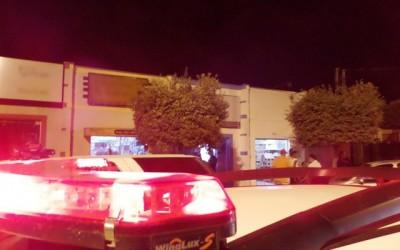 Três lojas vizinhas são alvo de arrombadores no centro da cidade
