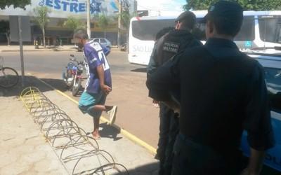 Jovem é flagrado tentando furtar bicicleta na rodoviária de Três Lagoas