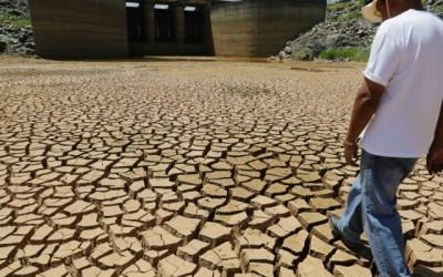 Apesar da falta de chuvas nos reservatórios, Lobão afasta risco de racionamento