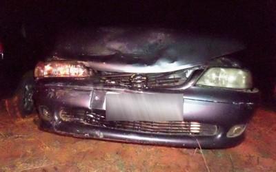 Jovem com sinais de embriaguez colide na traseira de veículo e acaba detido