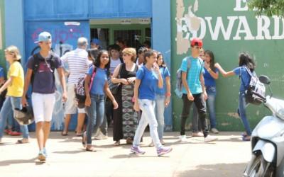 Greve geral garante 2ª 'semana do saco cheio' para estudantes de Três Lagoas