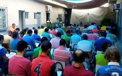 Penitenciária de Três Lagoas recebe Missa e confissão de detentos