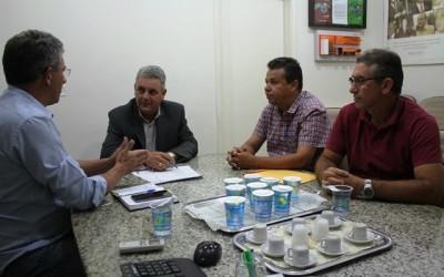 Prefeito Guerreiro quer reforçar trabalho na cidade com apoio de internos da Colônia Penal