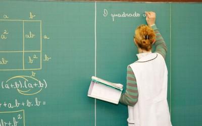 Sinted publica nota criticando moldes do processo seletivo para contratação de professores da REME