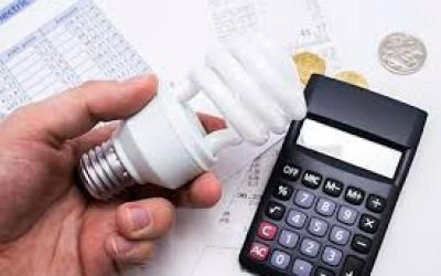 Consumidores pagaram R$ 3,7 bilhões a mais nas contas de luz entre 2009 e 2016