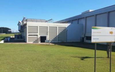 Frigorífico JBS é multado em R$ 1 milhão por vazamento de amônia