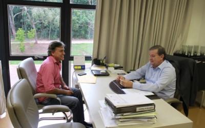 Deputado Eduardo Rocha recebe Vereador do Município de Três Lagoas