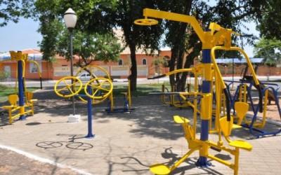 Vereadores pedem melhoria em áreas verdes e asfalto na rua do IFMS