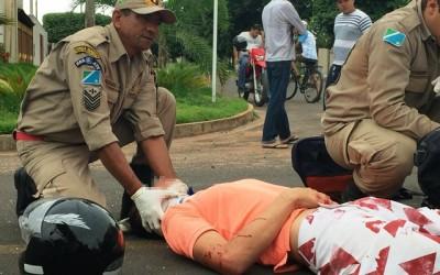 Acidente no Vila Nova deixa motociclista com fratura na perna esquerda