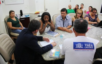 Prefeitura recebe representantes do Sinted para nova negociação