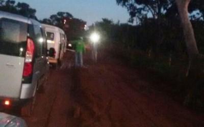 """Sem manutenção, trafegar pela estrada do """"Maresias"""" virou pesadelo"""