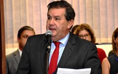 Deputado apoia formação de comissão para tratar do reajuste de servidores junto ao governo