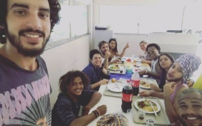 Preconceito leva alunos da UFMS a realizar o movimento 'Montação Das Afeminadas'