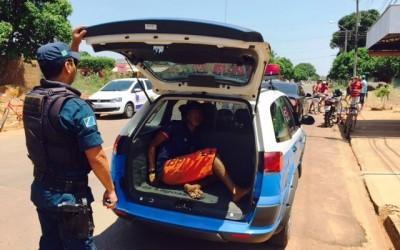 Militar à paisana evita linchamento de ladrão no Vila Haro