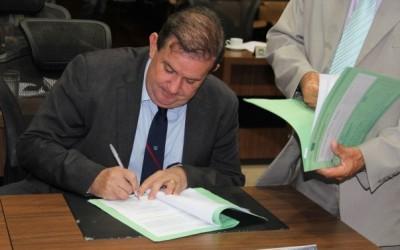 Deputado Eduardo Rocha solicita implantação de 3ª faixa ou duplicação da BR-262