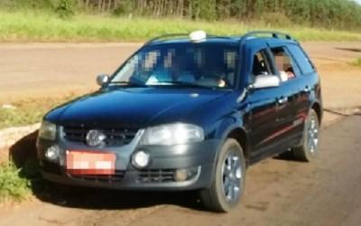 Taxista é multado em R$ 2.400,00 por transporte irregular de passageiro