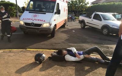 Estudante de 18 anos fica ferido ao bater em Pálio na Av. Eloy Chaves
