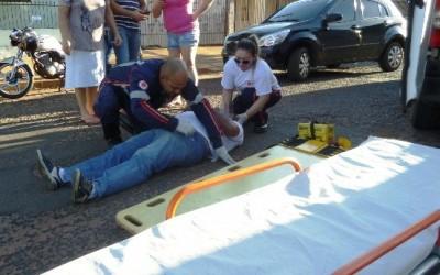 Acidente entre motos deixa uma pessoa ferida no Vila Nova