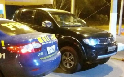 Rio-pretenses são presos com camionete de luxo na BR-262 em Três Lagoas