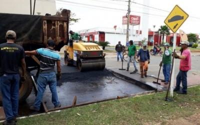 Faixa de pedestre elevada garante segurança da população ao atravessar Avenida da Lagoa Maior