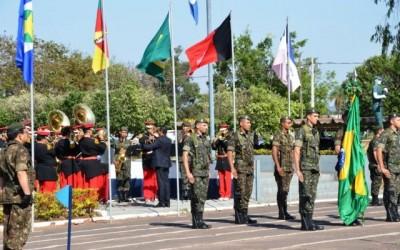 Hasteamento da Bandeira e homenagem aos Profissionais da Ed. Física abrem a Semana da Pátria