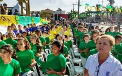 Desfile Cívico em Três Lagoas é marcado por homenagens
