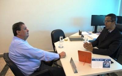 Em reunião na Receita Federal, Eduardo Rocha solicita que não feche agência de Paranaíba