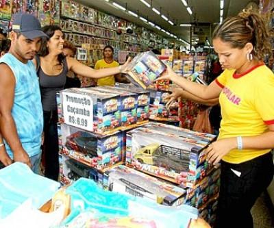 Economia no município apresenta queda e preocupa contratados para o Natal