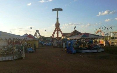 Parque de diversões é visitado por ladrão que furtou roupas e espingardas