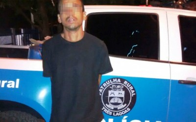 Traficante que furou bloqueio policial é preso andando a pé em rodovia
