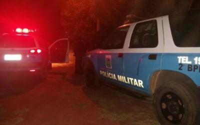 Pit Bull supostamente morto com tiro de espingarda foi jogado no Rio Paraná