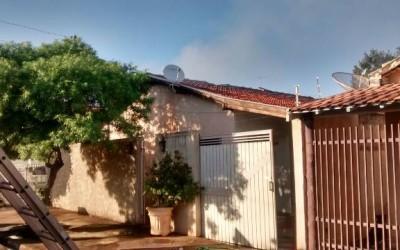 Em menos de 15 horas, residência no bairro Colinos é incendiada