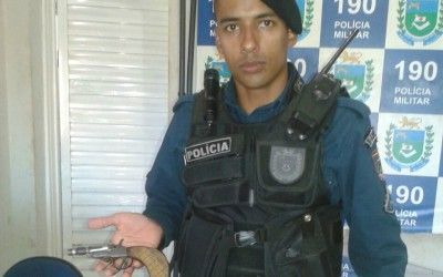 Polícia apreende arma de fogo no bairro Jardim Violetas