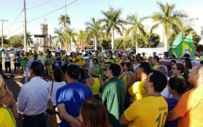 Ao contrário de todo o Brasil, três-lagoenses não comparecem em manifestação