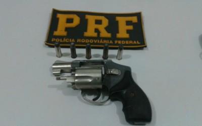 PRF prende em Três Lagoas, empresário por embriaguez e porte ilegal de arma de fogo