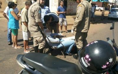 Colisão entre duas motos deixa uma pessoa ferida