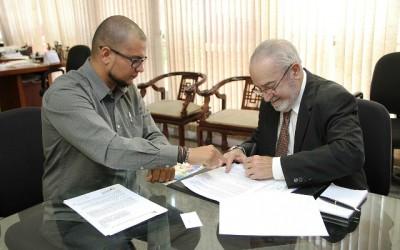 Diretor vai a Brasília buscar apoio para a realização de cursos na Câmara
