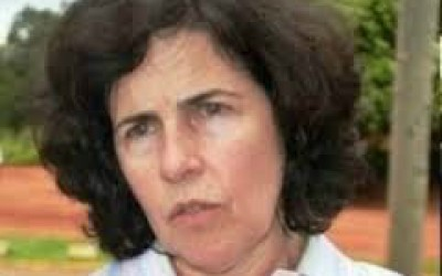"""Revista """"IstoÉ"""" entrega prêmio para prefeita de Três Lagoas em São Paulo"""