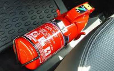 Contran torna facultativo o uso do extintor nos carros