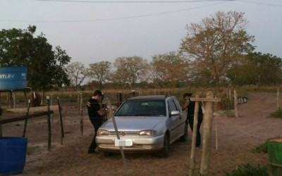 Carro usado em fuga de jovens é localizado e apreendido na Rua Egídio Thomé