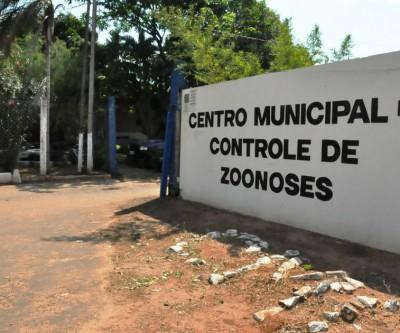 Motocicleta e ração são furtados do CCZ de Três Lagoas