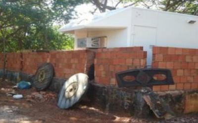 PMA multa homem em R$ 5 mil por construir muro às margens do rio Paraná