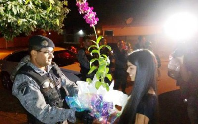 Noite de festa: Debutante e fã da ROTAI é homenageada pela Polícia Militar
